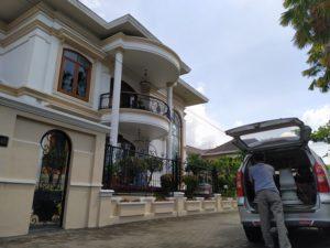 rumah marmer