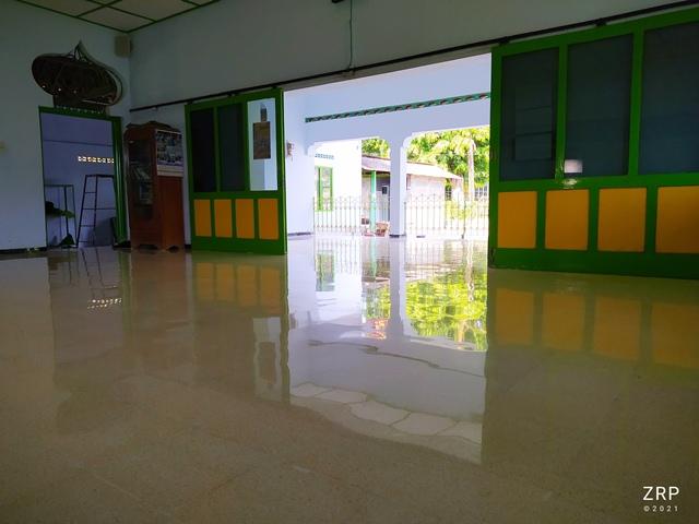teraso masjid utama